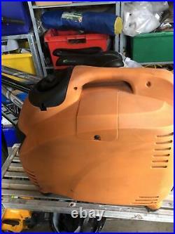 Impax2500w. Portable Inverter Generator Orange